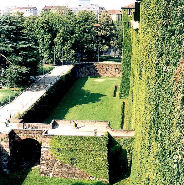 sforza castle castello sforzesco milan guided tour