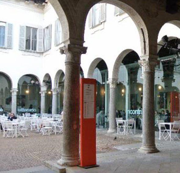 via dante milan walking tour palazzo carmagnola